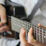 パワーコードとオクターブ奏法を覚えればワンオクは弾ける!
