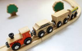 1歳8ヶ月の息子が喜ぶおもちゃ3選!